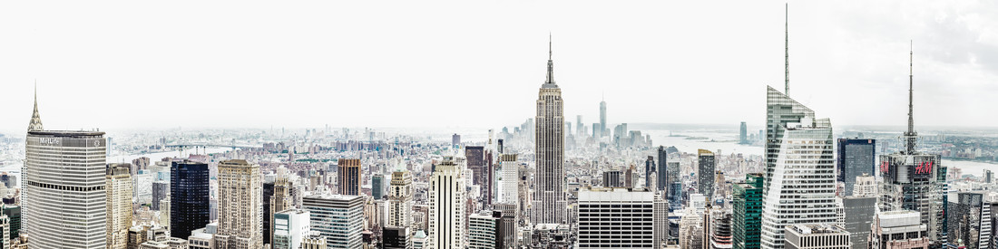 Manhattan Panorama - Fineart photography by Roman Becker