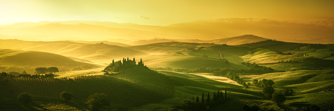 Tuscany - Val d'Orcia Dawning - Fineart photography by Jean Claude Castor