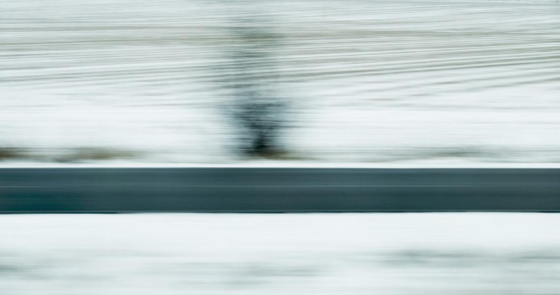 fliegende Winterlandschaft / flying Winter Landscape - fotokunst von Robert B. Fishman