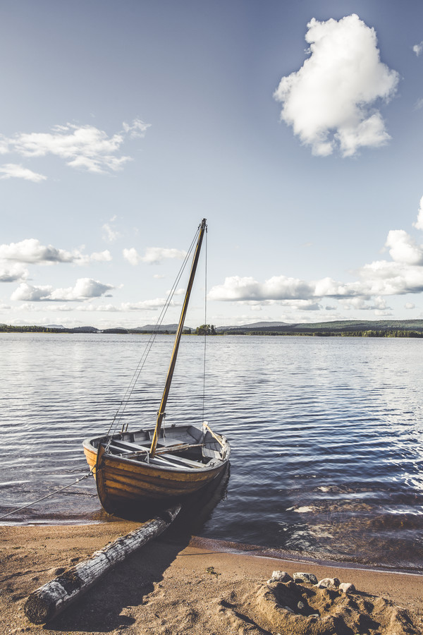 Waiting for wind - Fineart photography by Christian Göran