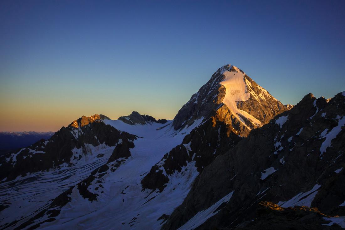 Königspitze Sunrise - fotokunst von Stefan Czurda