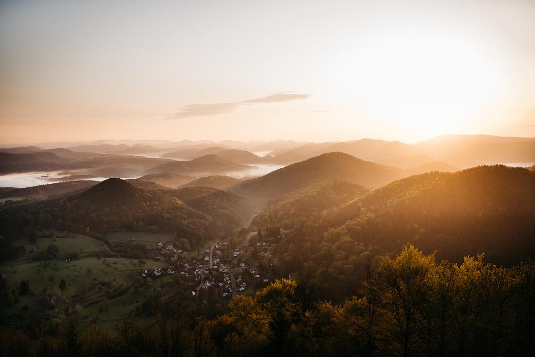 Sunsrise on Wegelnburg - Fineart photography by Steven Ritzer