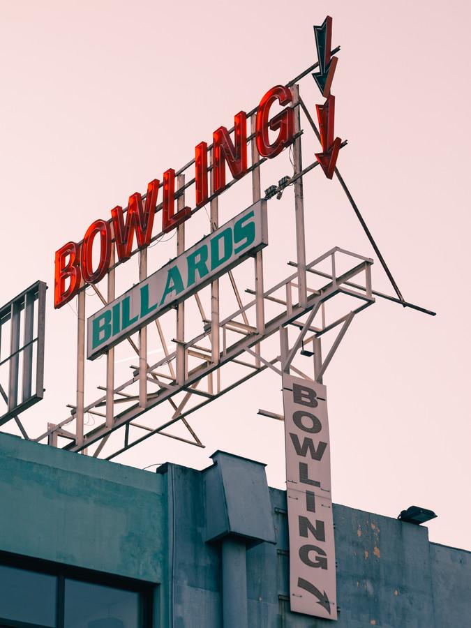 Bowling - fotokunst von Stéphane Dupin