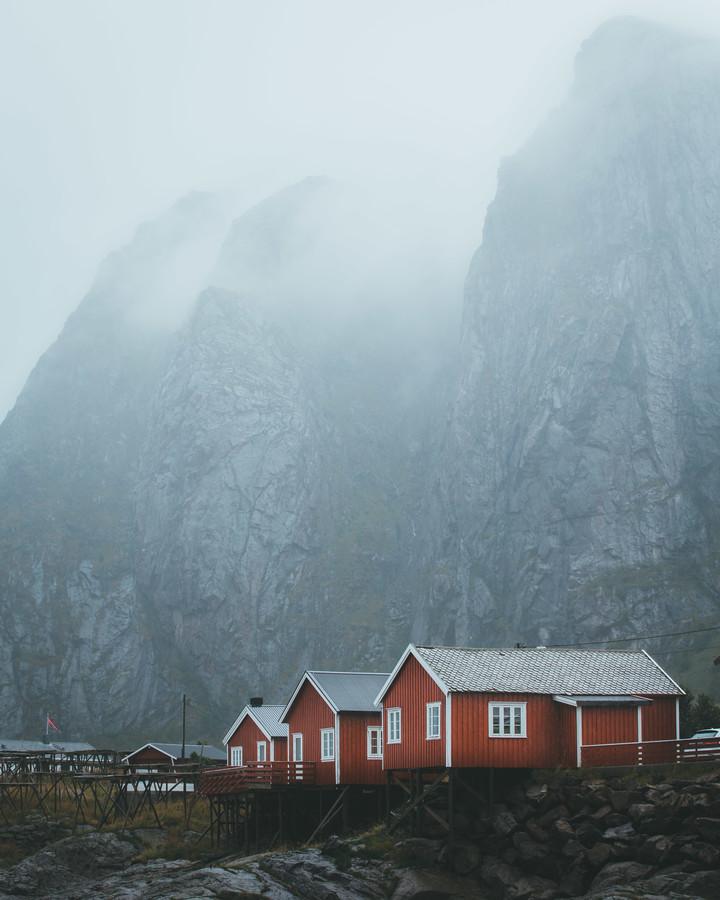 HUTS & MOUNTAINS - fotokunst von Fabian Heigel