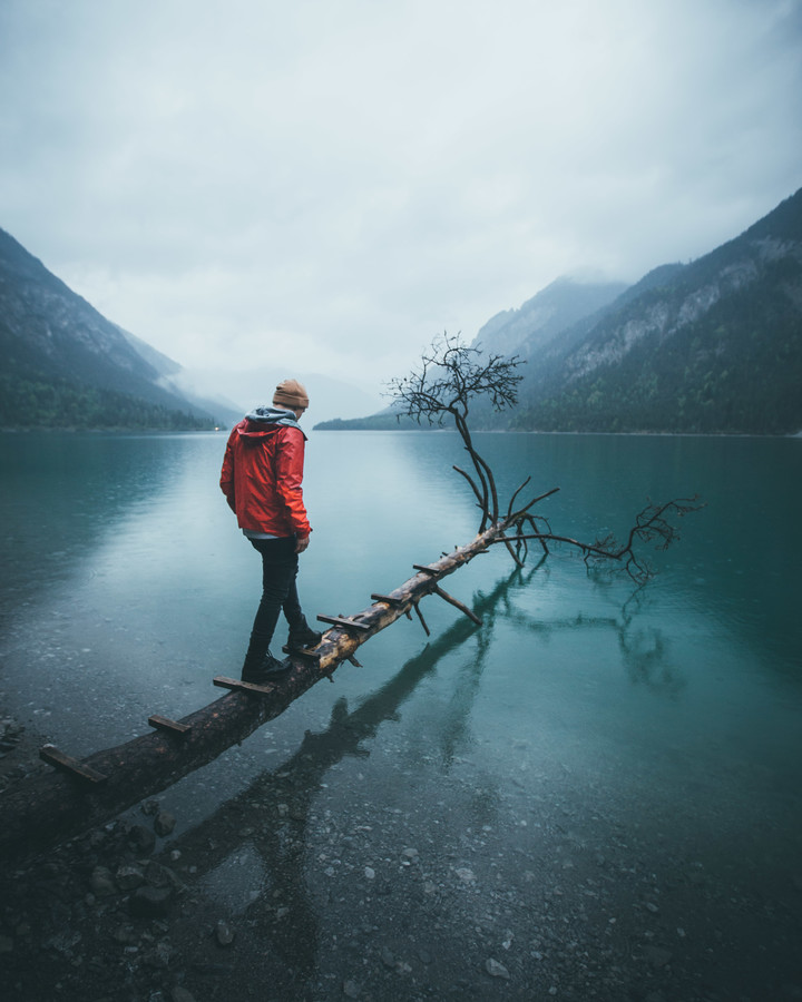 WALK THE LINE - fotokunst von Fabian Heigel