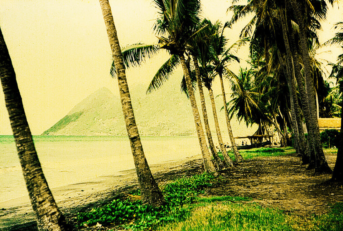 Island street - Fineart photography by Sophie Etchart