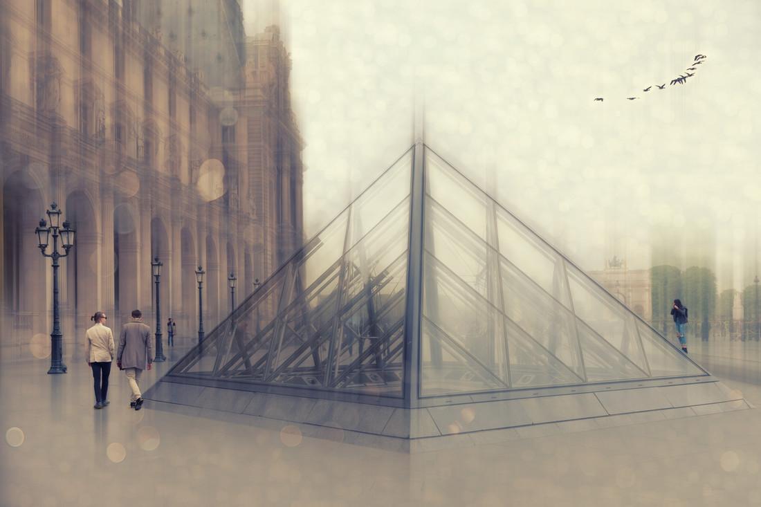 Paris awakes - Fineart photography by Roswitha Schleicher-Schwarz