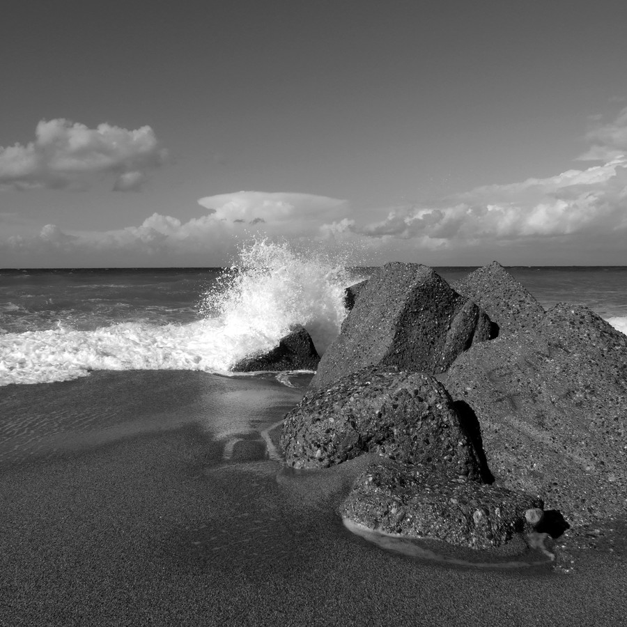 The first wave - Fineart photography by Domenico Piccione
