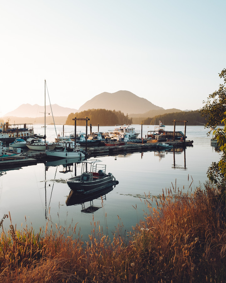 Sunset in Tofino - Fineart photography by Manuel Gros