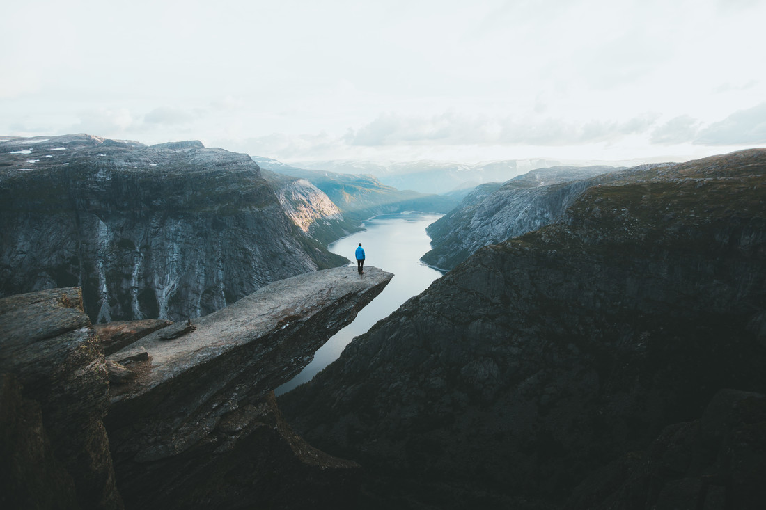 TROLLTUNGA - fotokunst von Fabian Heigel