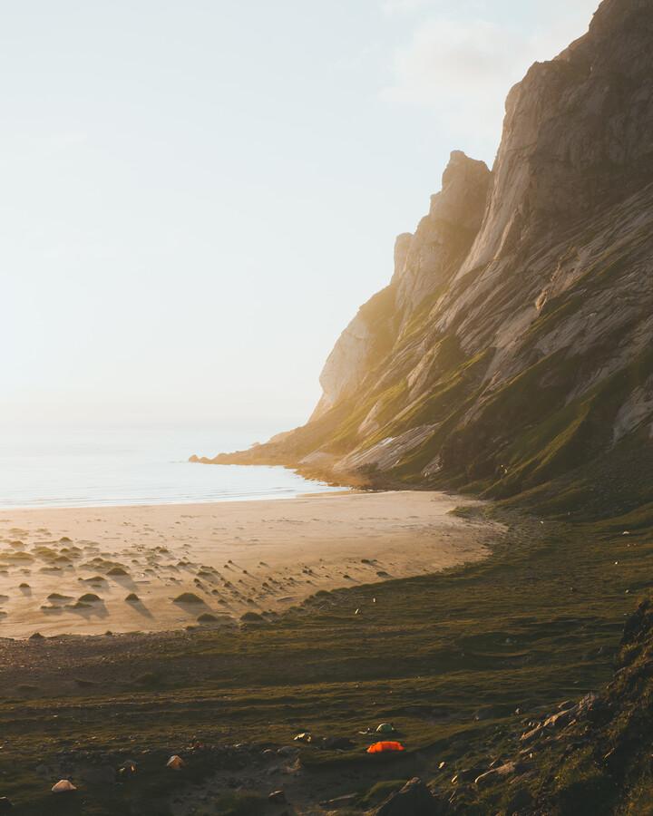 BEACH CAMP - fotokunst von Fabian Heigel