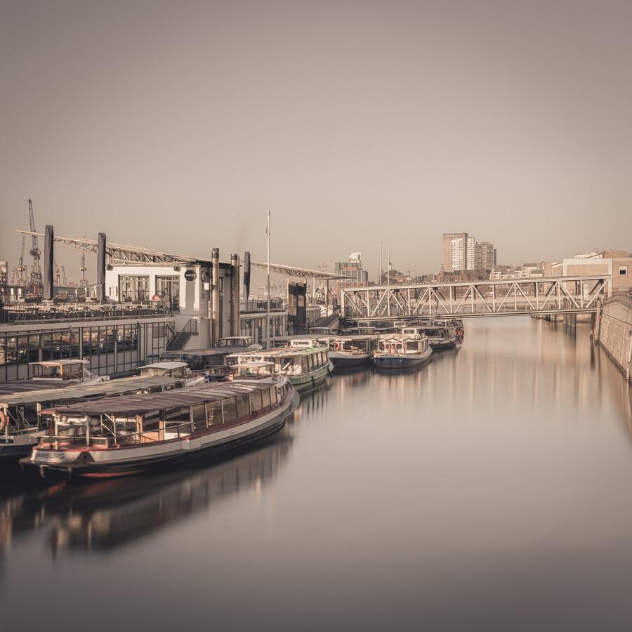 Sunrise Hamburg Landungsbruecken - Fineart photography by Dennis Wehrmann