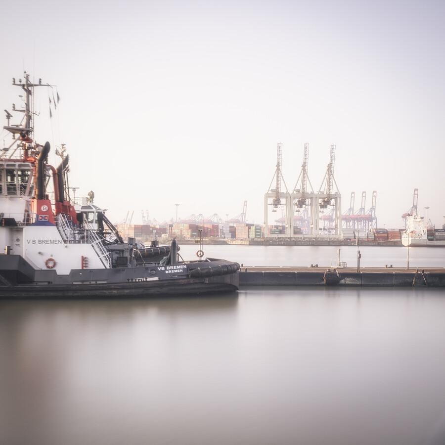 Tug Boat Hamburg harbour - Fineart photography by Dennis Wehrmann