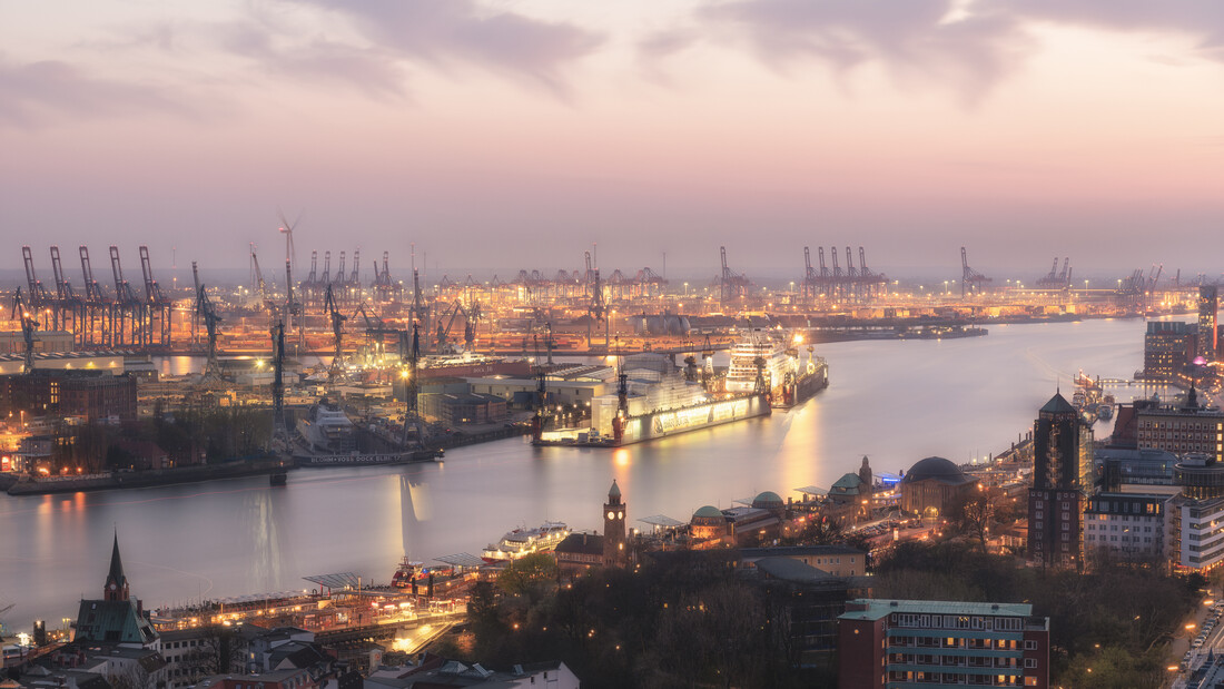 Panoramic night view Hamburg harbour - Fineart photography by Dennis Wehrmann