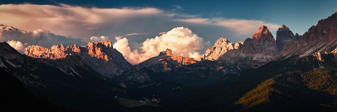 Sonnenuntergang in den Dolomiten - fotokunst von Sebastian Warneke