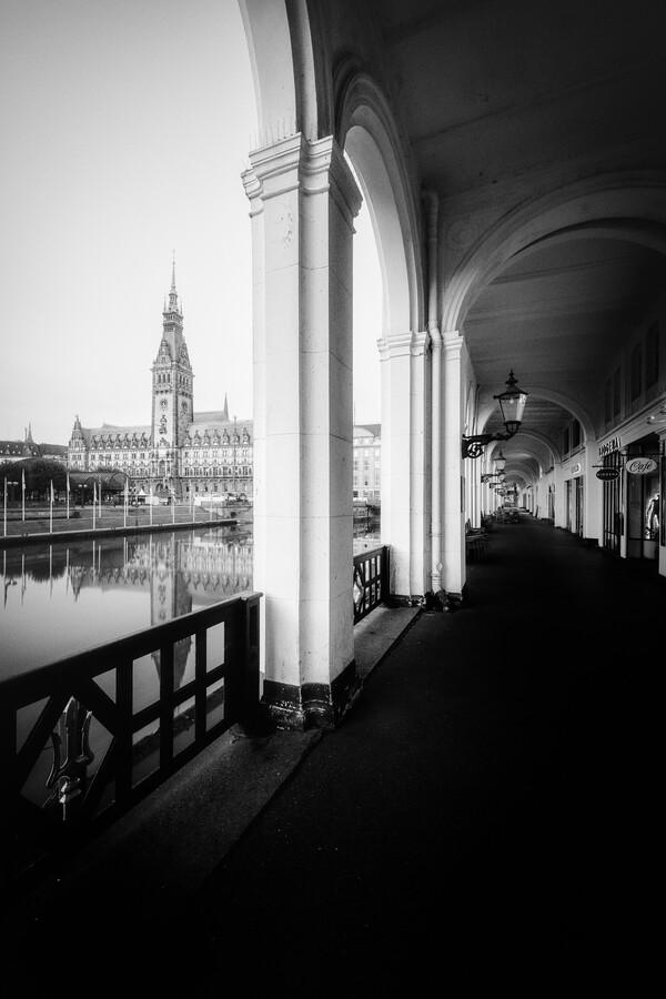 Sunrise Hamburg Alsterarkaden - Fineart photography by Dennis Wehrmann