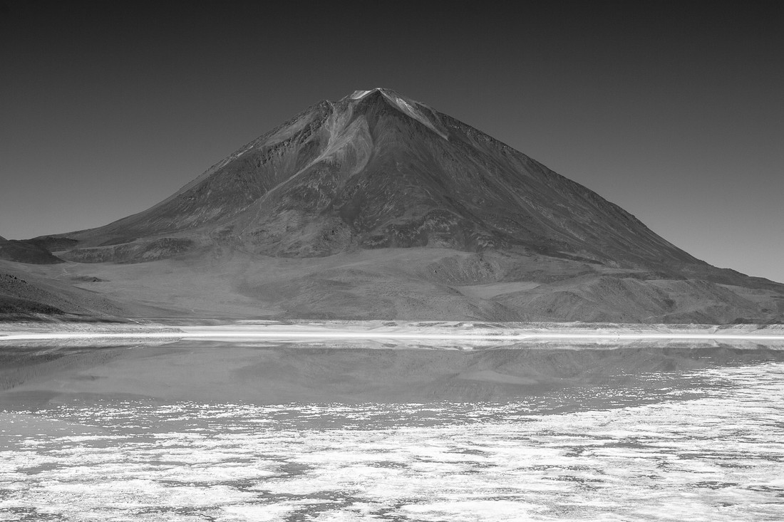Licancabur - Fineart photography by Mathias Becker
