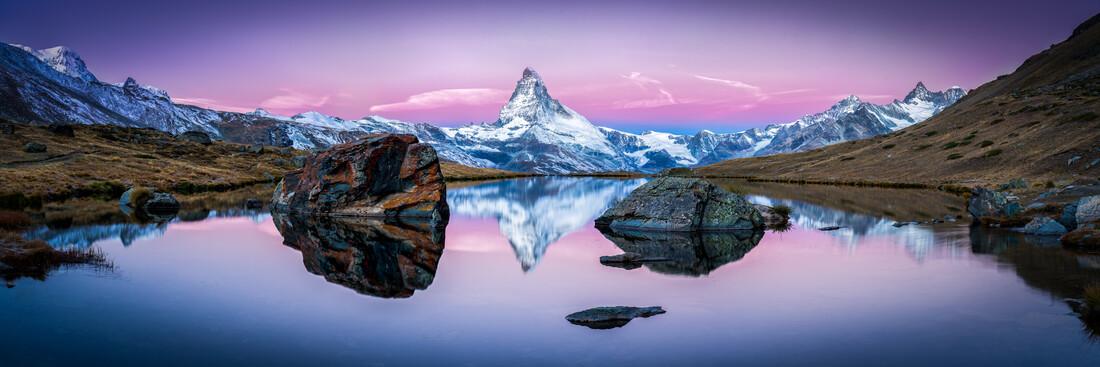 Stellisee and Mount Matterhorn in winter - Fineart photography by Jan Becke