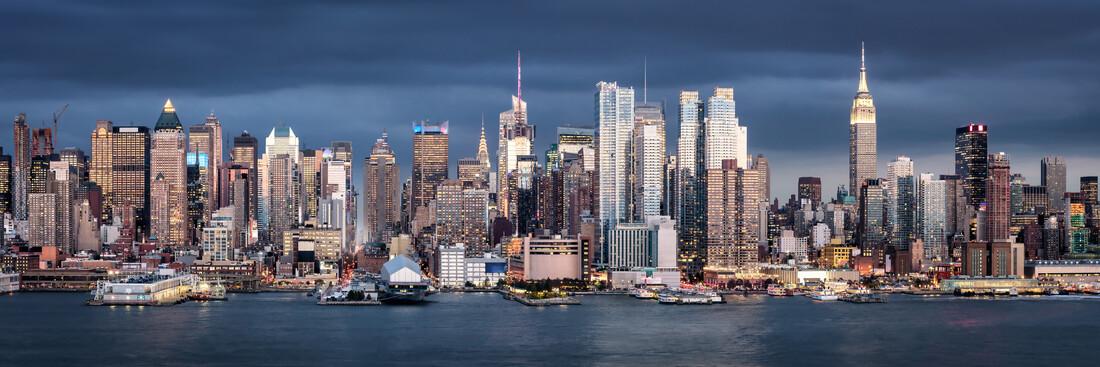 New York City skyline - Fineart photography by Jan Becke