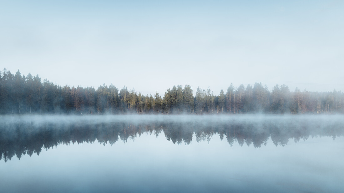 Blue Morning - Fineart photography by Maximilian Fischer