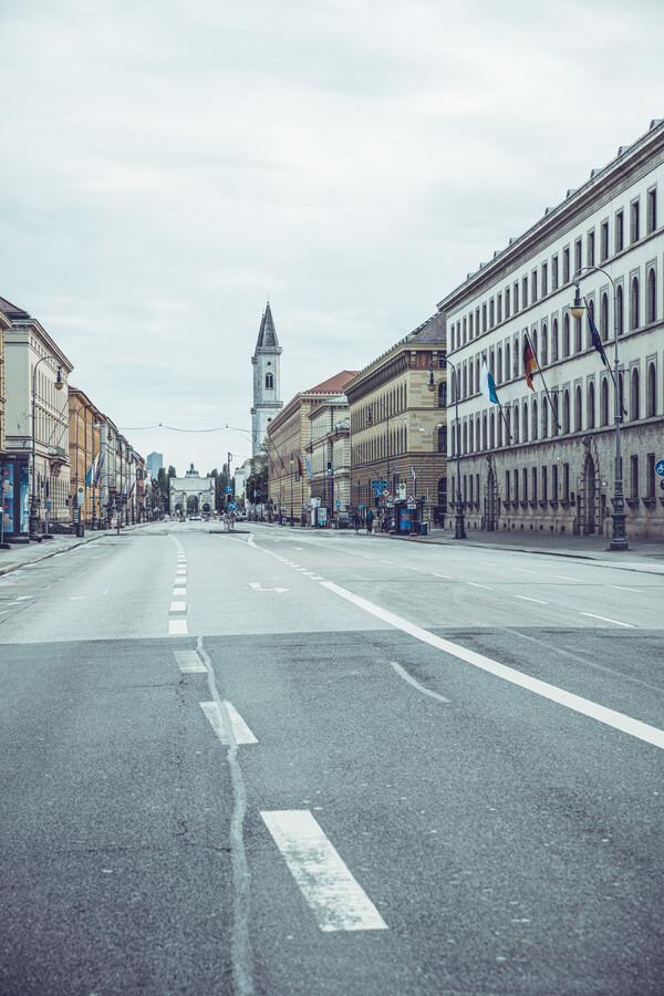 Ludwigstraße München - fotokunst von Franz Sussbauer
