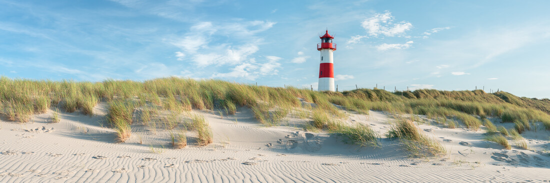 Sylt beach panorama with lighthouse - Fineart photography by Jan Becke
