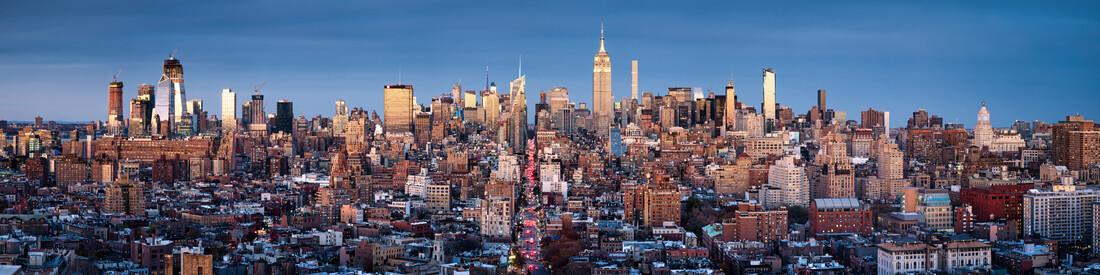 Manhattan skyline panorama - Fineart photography by Jan Becke
