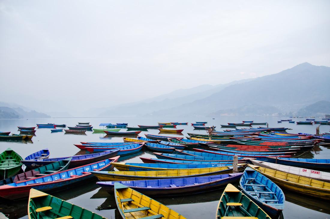 Phewa-Lake 2 - fotokunst von Marco Entchev