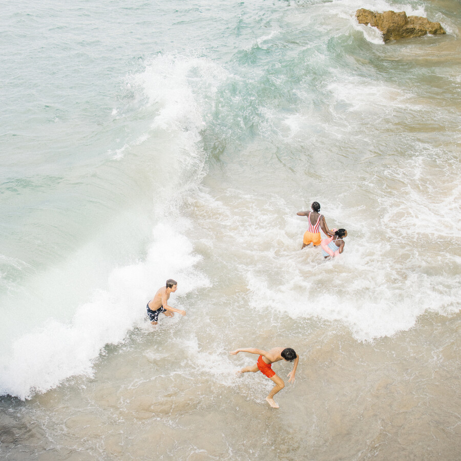 FUN IN THE WAVES - fotokunst von Fabian Heigel