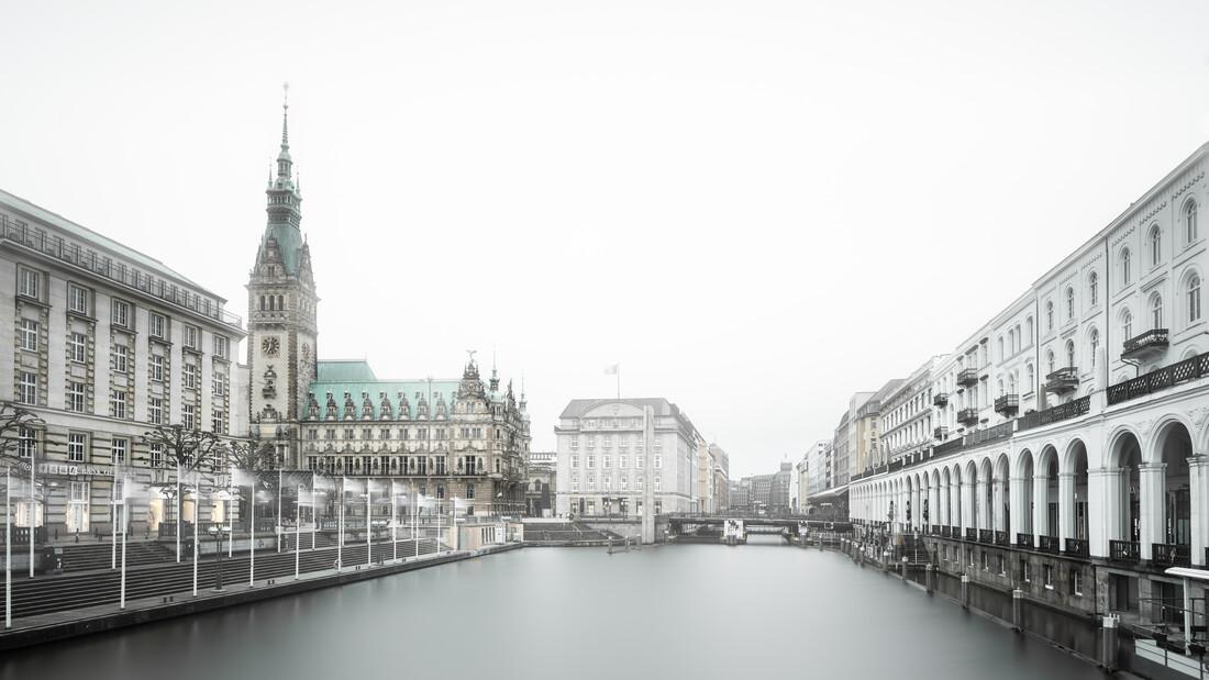 Hamburg Cityscape - Rathaus and Alsterarkaden - Fineart photography by Dennis Wehrmann
