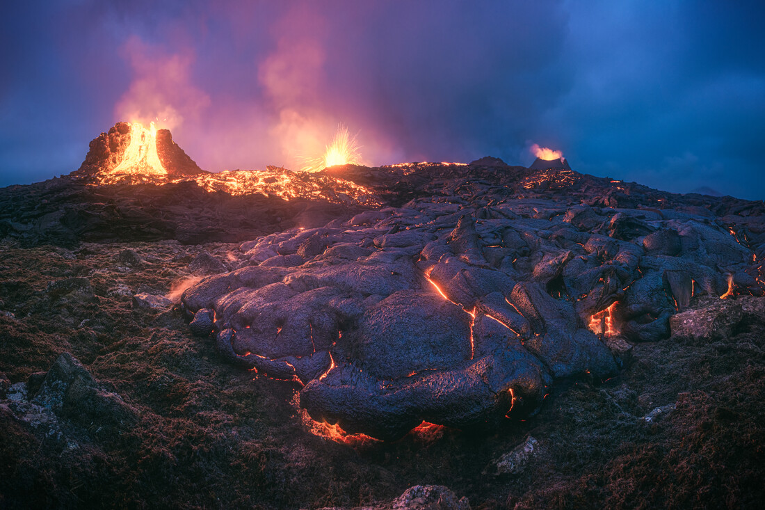 Geldingadalir Vulkan auf Island Panorama - fotokunst von Jean Claude Castor