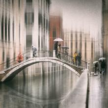 Roswitha Schleicher-Schwarz, Bridge over calm water (Italy, Europe)