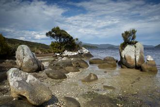 Stefan Blawath, Strand, Felsen, und Meer auf Stewart Island (New Zealand, Oceania)