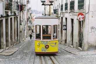 Kathrin Reiff, Elevador da Bica, Lissabon (Portugal, Europa)