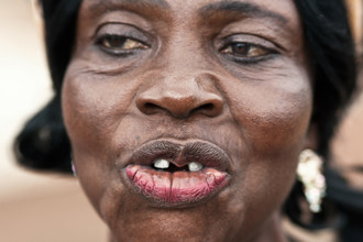 Lucía Arias Ballesteros, Woman in Domeabra village – Ashanti Region (Ghana, Afrika)