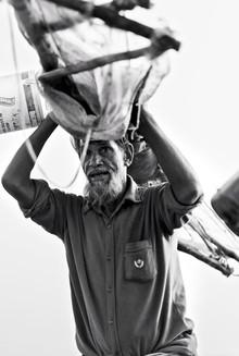 Jakob Berr, Fisherman carrying his nets (Bangladesh, Asien)