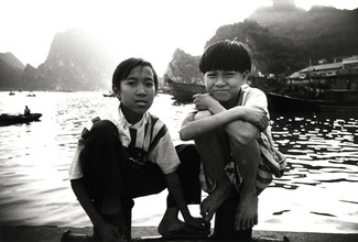 Jacqy Gantenbrink, Two Boys in Vietnam (Vietnam, Asien)
