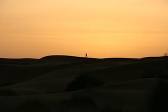 Sebastian Olényi, Sonnenaufgang in der Wüste (Marokko, Afrika)