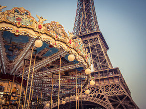 Johann Oswald, Merry-go-round at the Eiffel Tower 4 (France, Europe)