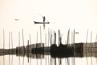 Fisherman - fotokunst von Manfred Koppensteiner