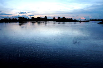 Marisa Pettit, Sunset over 4000 Islands (Laos, Asia)