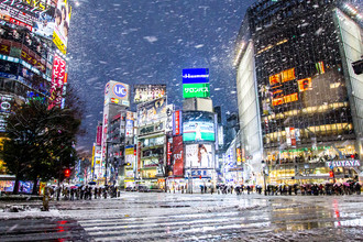 Shibuya-Kreuzung (Tokio) im Winter - fotokunst von Jörg Faißt