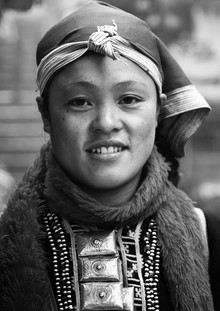Phyllis Bauer, Red Dao Woman in Sapa (Laos, Asien)