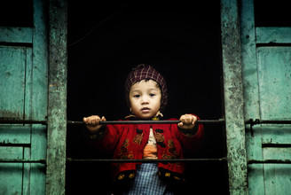 Victoria Knobloch, Boy (Nepal, Asia)