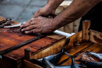 Philipp Langebner, slicing fish (Turkey, Europe)