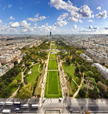 Markus Schieder, View on Champ de Mars from the Eiffel Tower in Paris (Frankreich, Europa)