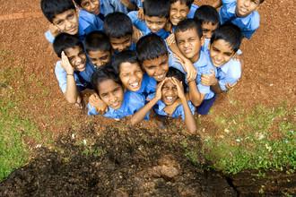 Markus Schieder, Nosy schoolboys of an elementary school in India (Indien, Asien)