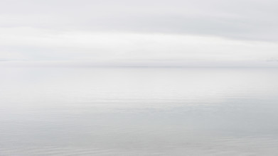 Schoo Flemming, See im Nebel (Mongolei, Asien)