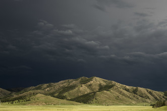 Schoo Flemming, Dark Sky over Mongolian Plains (Mongolei, Asien)