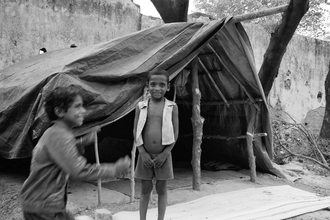 Jagdev Singh, A joyous poor boy (Indien, Asien)
